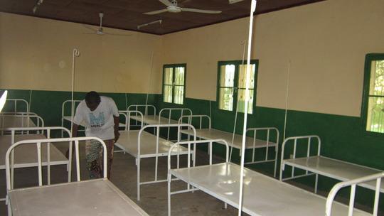 Setting up the Feeding Center, Massaguet